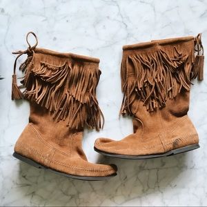 Minnetonka Moccasin Fringe Suede Mid Calf Boots  9